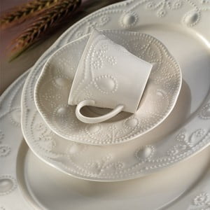 Stitched 24 db-os porcelán étkészlet - Kutahya