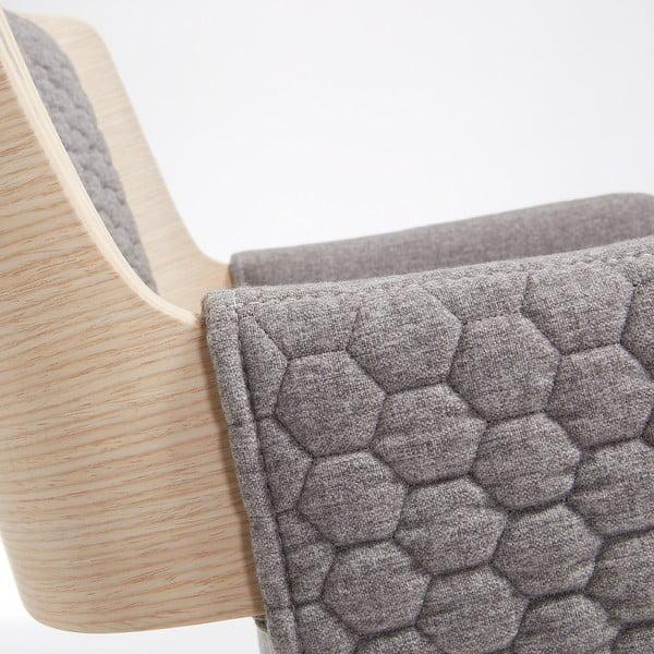 Andre szürke szék fa lábakkal - La Forma