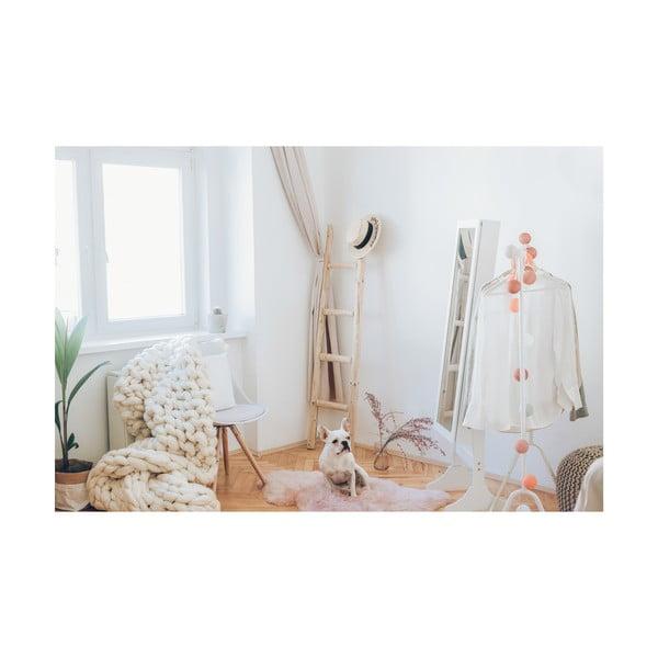 Fehér szék, bükkfa lábakkal - loomi.design