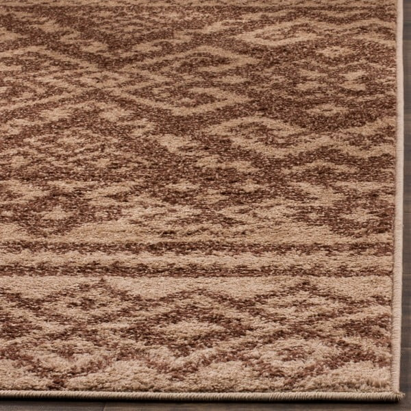 Amina Area barna szőnyeg, 182x121cm - Safavieh